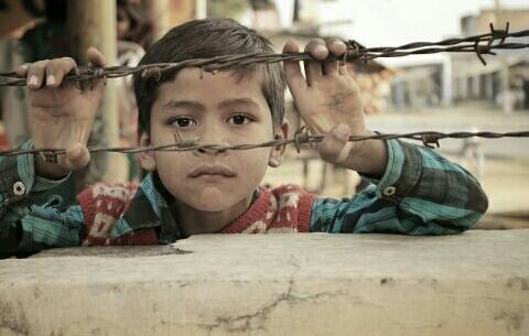 https://pixabay.com/it/photos/indiano-bambino-persone-bambini-1717192/